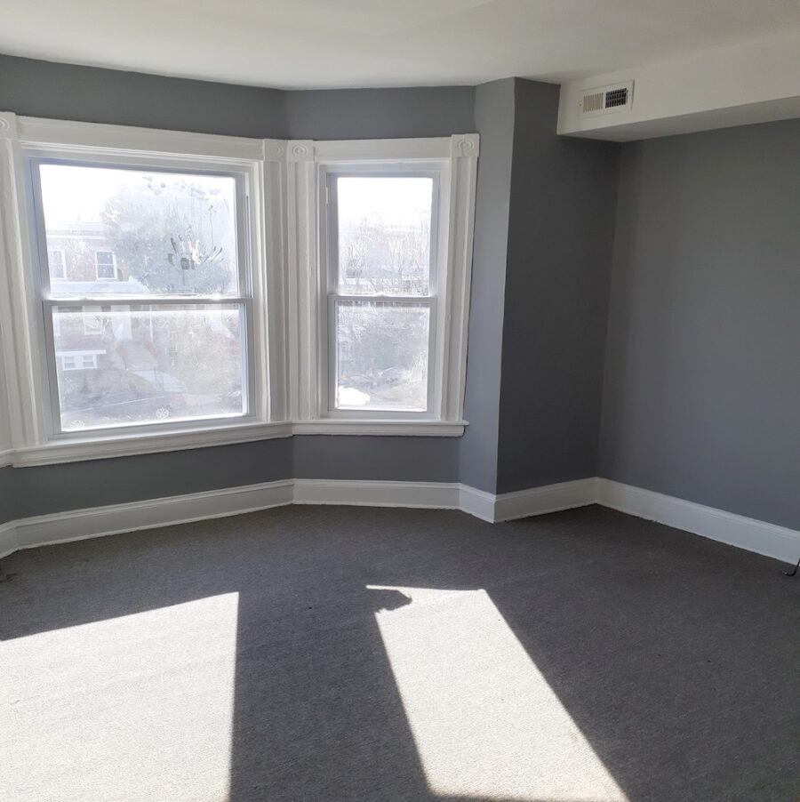2810 Clifton Ave, Baltimore, MD 21216 Updated Classic Townhouse On Sale (32)