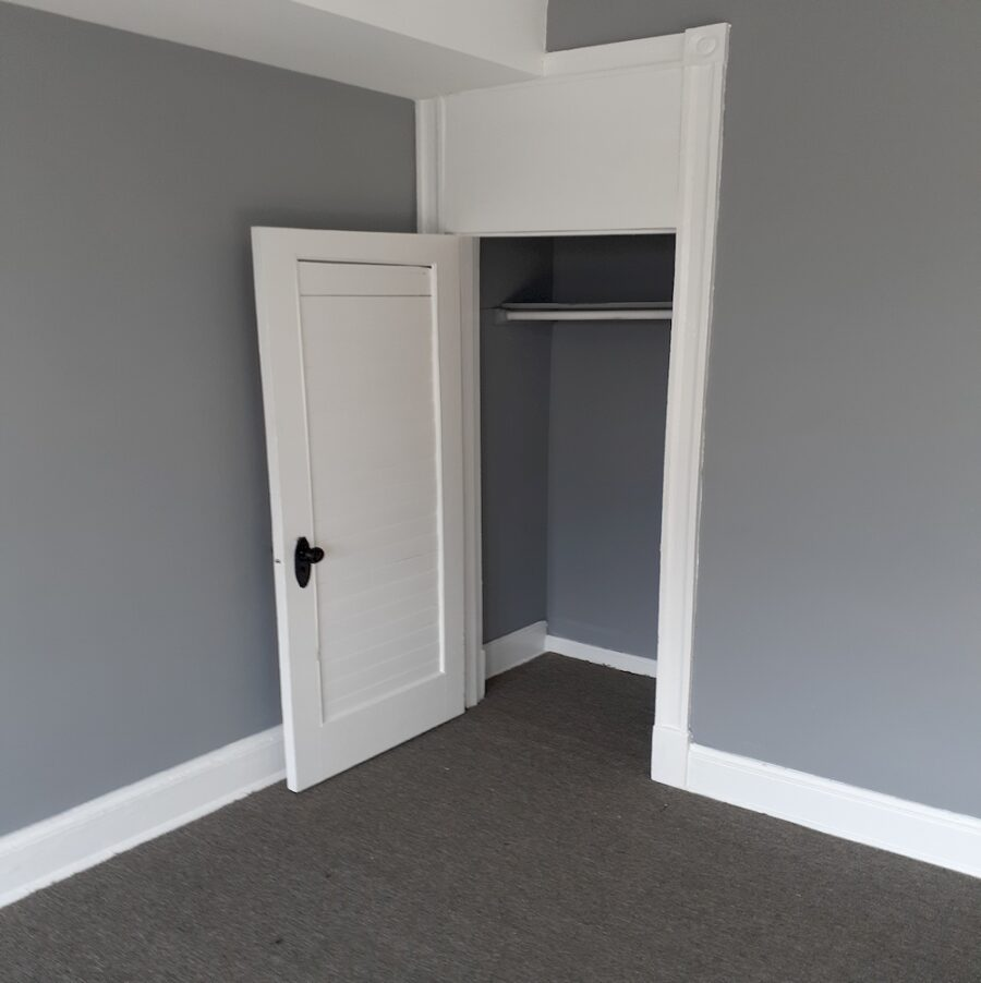 2810 Clifton Ave, Baltimore, MD 21216 Updated Classic Townhouse On Sale (33)