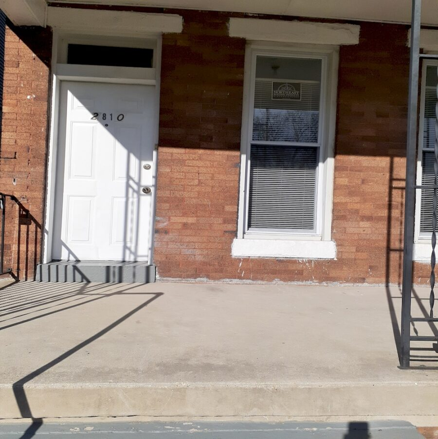 2810 Clifton Ave, Baltimore, MD 21216 Updated Classic Townhouse On Sale (7)